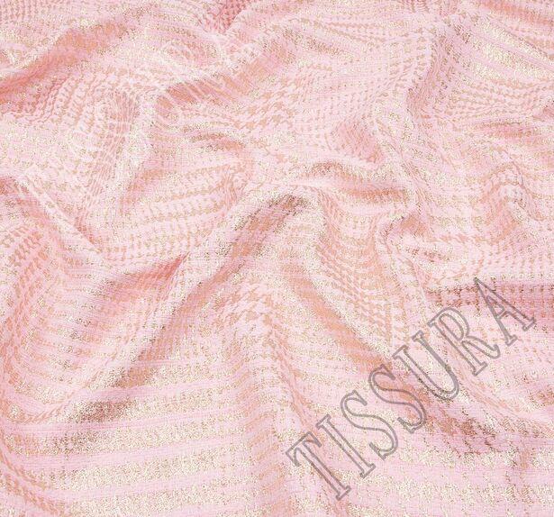 Жаккард-букле нежно-розового оттенка в золотистую клетку  #4