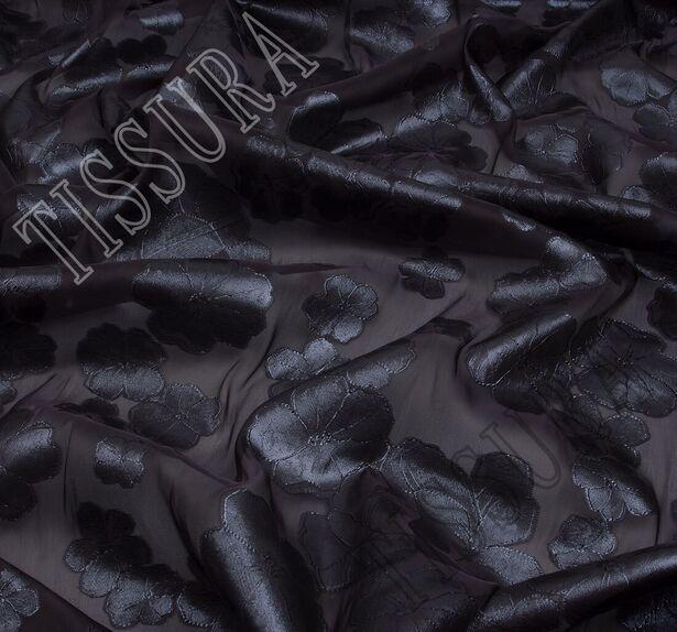 Органза-филькупе с тёмно-серыми цветами на чёрном фоне #4