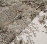 Сетка с вышивкой, декорированная перьями #3