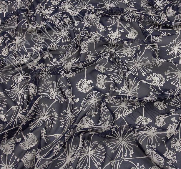 Ткань жоржет из 100% шелка, белый растительный принт на темно-синем фоне #3