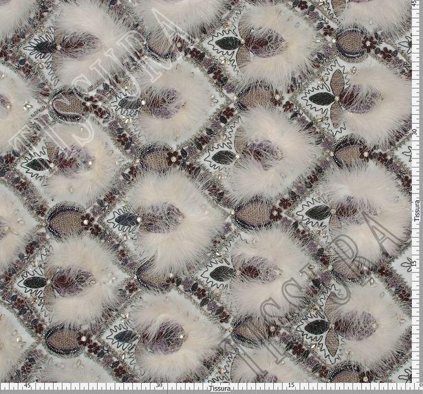Сетка с вышивкой и перьями #2