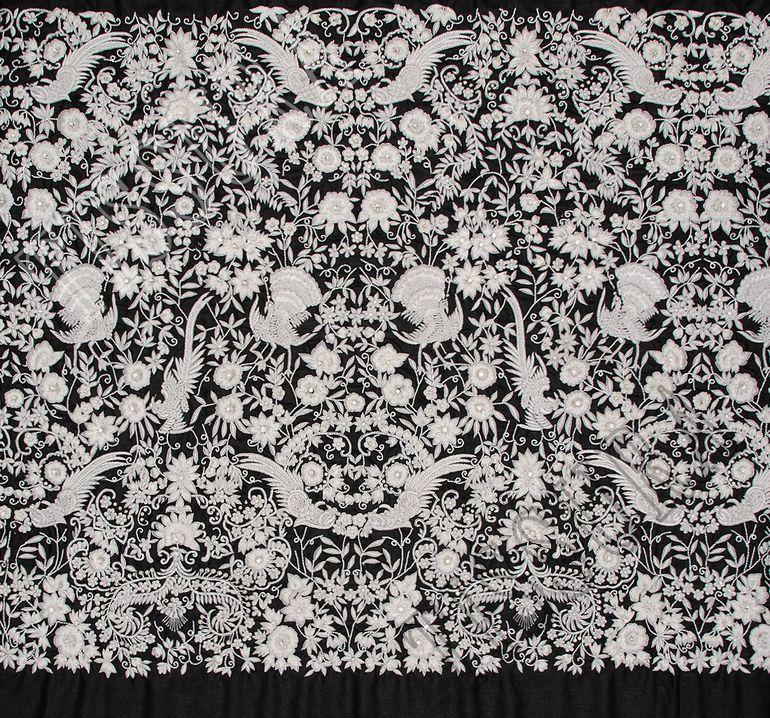 Ткань с вышивкой #3
