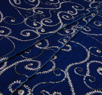Роскошный шелковый бархат цвета «королевский синий», расшитый пайетками #1