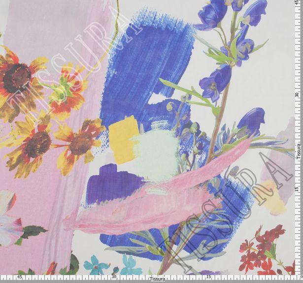 Шифон шелковый с цветочным узором на белом фоне. Яркий принт дополнен художественными мазками #2